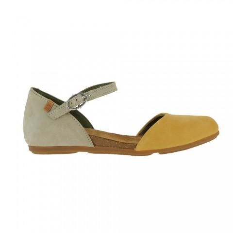 El Naturalista Women's ND54 Flats in Mustard/beige