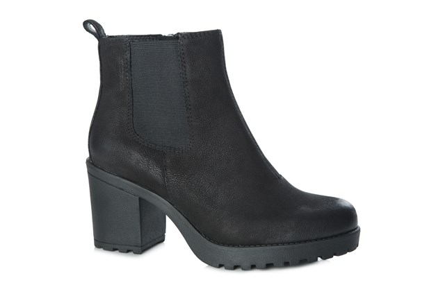 Vagabond Grace Nubuck Heeled Boot Black