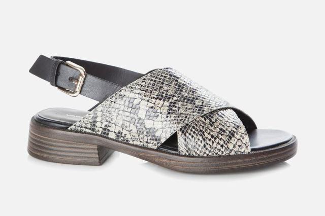 Vagabond Women's Ivy Snakeskin Sandal-Tan