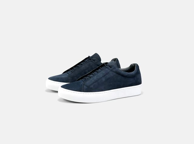 Vagabond Zoe Navy Nubuck Hidden Lace trainer