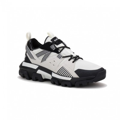 CAT Raider Trainer - Black/White