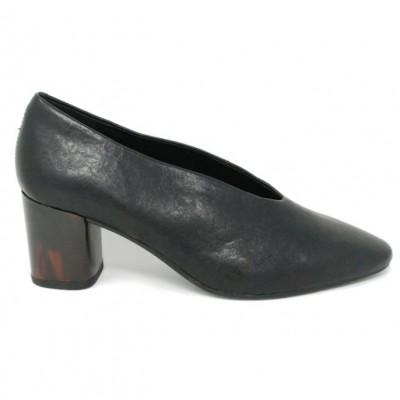 Vagabond Eve court shoe-Black