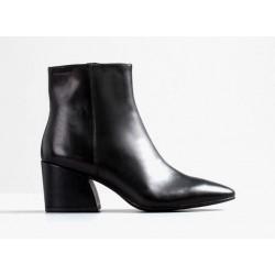 Vagabond Olivia Zip Boot Black Leather